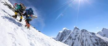 Câmera fotográfica suporta altitude e variação térmica da segunda montanha mais alta do mundo