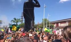 Vídeo: Bolsonaro inaugura espaço de lazer no Pará, e é ovacionado  por milhares de apoiadores.