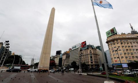 Argentina supera marca de 1 milhão de casos de covid-19