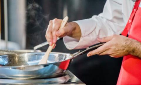 Fabricante de alimentos lança campanha para mostrar que é possível unir sabor e praticidade na cozinha