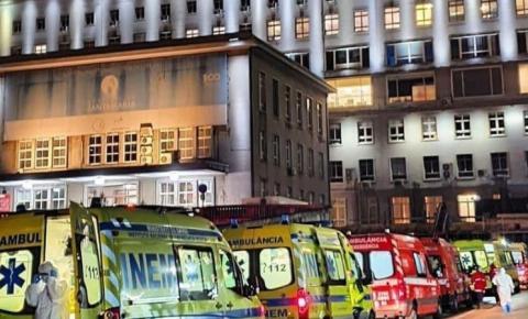 Maior hospital de Portugal tem fila de ambulâncias por Covid-19.