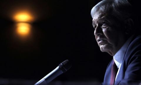 Presidente mexicano anuncia que testou positivo para covid-19