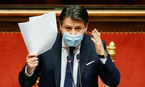 Premiê italiano renuncia; presidente iniciará consultas