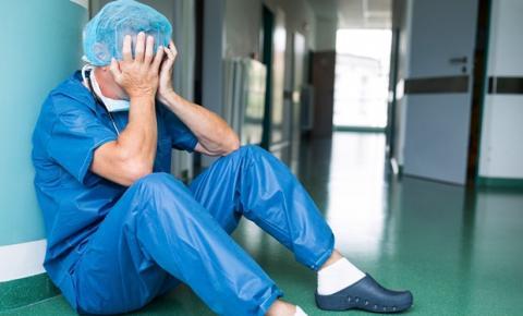 Segundo pesquisa, estresse entre médicos aumentou durante pandemia