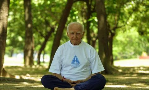 Dia Mundial da Yoga: atividade terapêutica melhora qualidade de vida