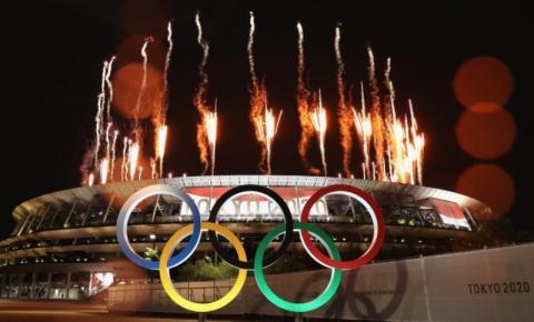 Abertura das Olimpíadas tem estádio vazio e protestos do lado de fora