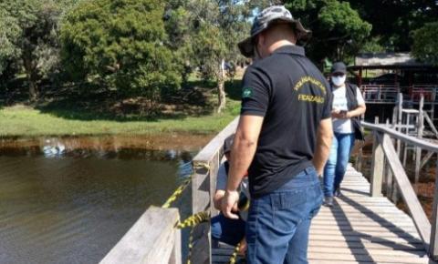 Fiscais orientam empresários e banhistas sobre restrições adotadas pelo decreto municipal e estadual no Amapá.