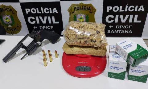 Mulher é presa em flagrante com drogas, arma e munições em Santana/Ap