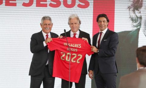 Jorge Jesus chega ao Benfica pedindo união