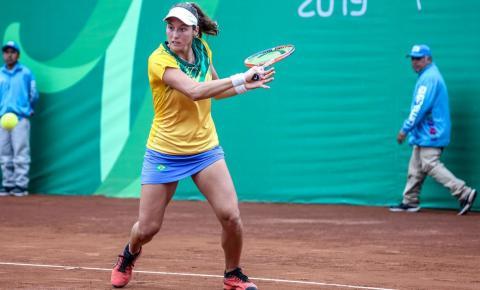 Tênis: Luisa Stefani embarca para retomar circuito de duplas