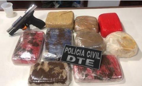 Santana: Homem é preso transportando quase 12 kg de crack e uma pistola em camarote de navio.