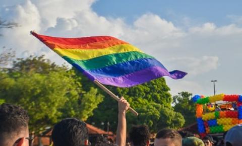 Consulta pública pretende debater políticas públicas para população LGBTQ+