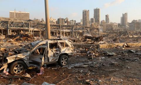 Líbano lida com devastação feita por explosões no porto.