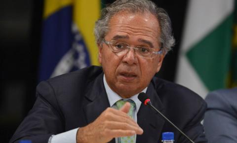 Ministro da Economia diz que sistema atual é um manicômio tributário.